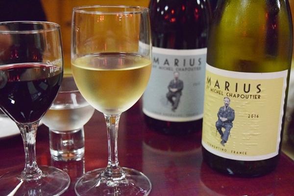 厳選ワインで乾杯を
