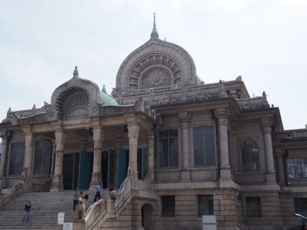 インド風建築の築地本願寺