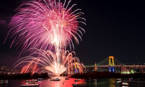 東京湾大華火祭り