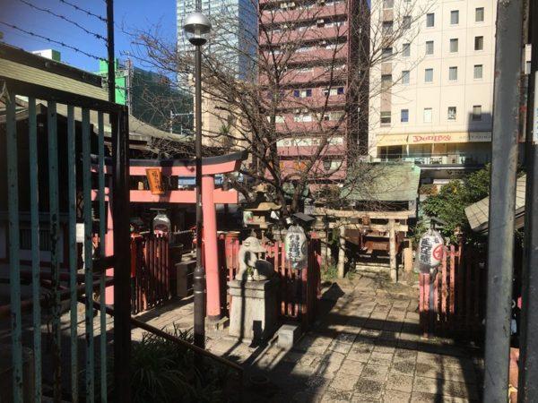 8柱祀られている柳森神社