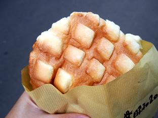 元祖ジャンボメロンパン