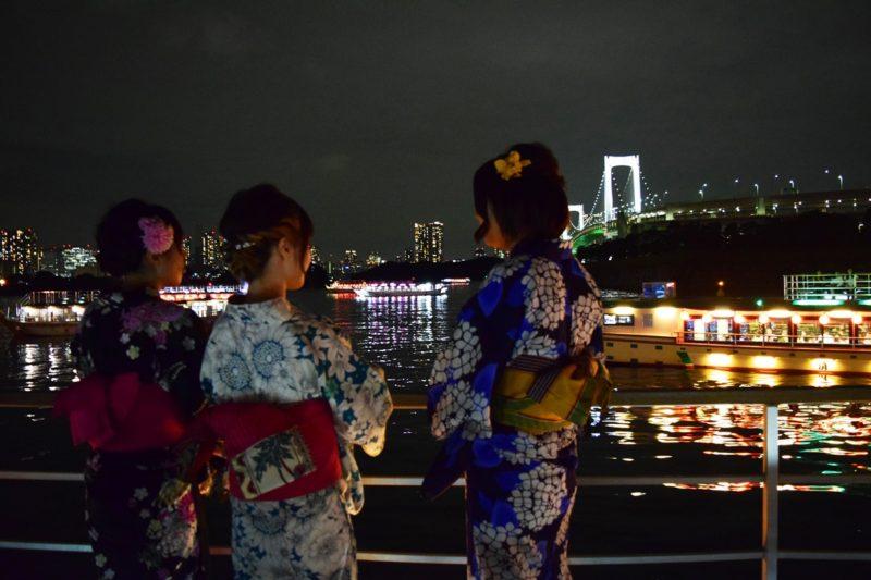 乗合屋形船「大江戸」で夜のレインボーブリッジを満喫